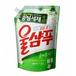 Жидкость для стирки Aekyung Wool Shampoo Жасмин